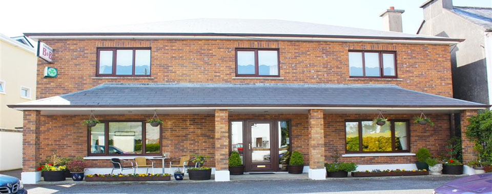Large B & B with private parking facilities